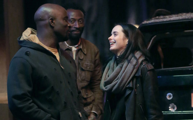 florecera-el-romance-entre-luke-cage-y-jessica-jones-en-the-defeders3