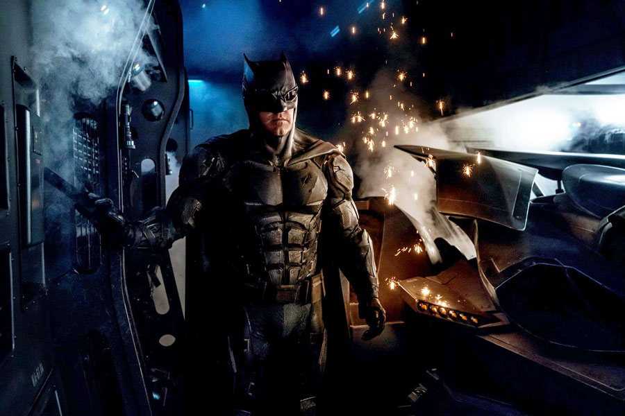 traje-tactico-de-batman-en-justice-league-2