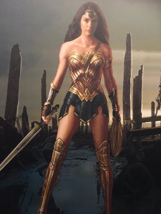 dc-mas-sorpresas-de-wonder-woman-en-la-cinemacon-ww-arte-54234