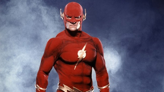 dc-el-arrowverse-comparte-universo-con-smallville-the-flash-1990
